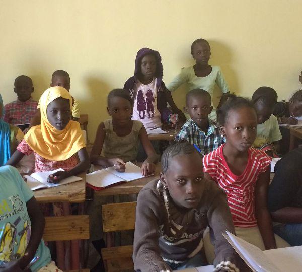 Die Schule. Unterricht in der Aline Sitoe Diatta Schule