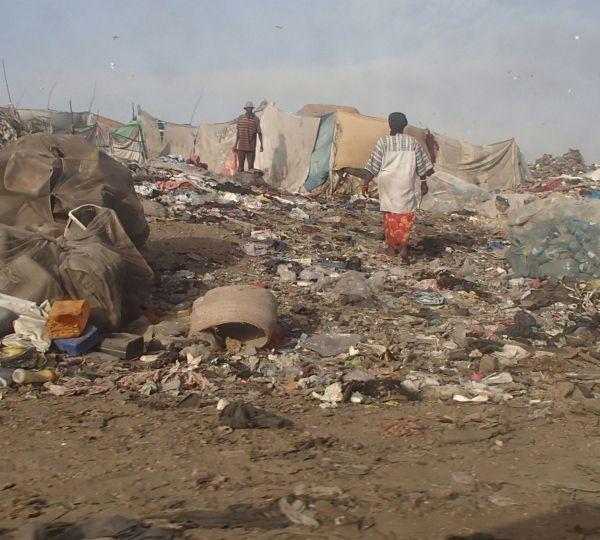 Die Müllhalde. Auf der Suche nach Verwertbarem